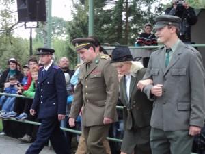 4. Retroden, 15.9.2012, módní přehlídka-uniformy, 02